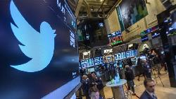 Twitter Falls 4% on Agreeing to Pay $809.5 Million to Settle Shareholder Claims