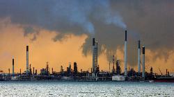 Three-quarters of U.S. Gulf of Mexico oil output remains shut