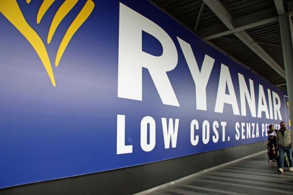 Ryanair: Απώλειες ρεκόρ αλλά αισιοδοξία για το μέλλον