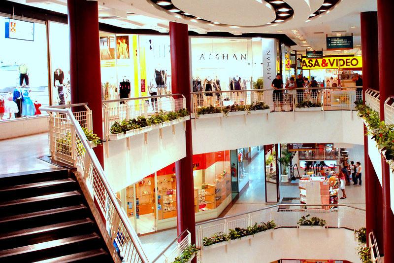 IFIX sobe com shoppings e fundos de fundos descontados