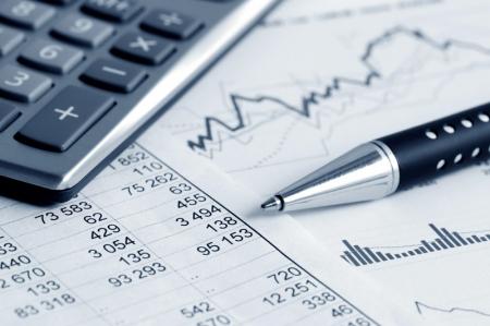 Нефтяные компании увеличили продажи бензинов на СПбМТСБ
