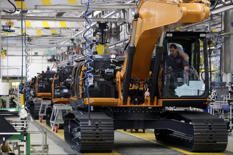 Crisi chip, CNH chiude stabilimenti in Europa
