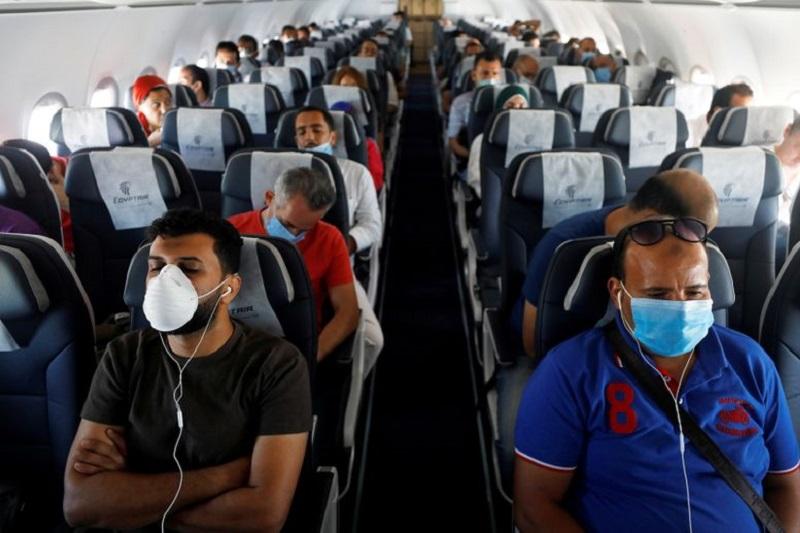 U.S. screened 500 million fewer airport passengers in 2020