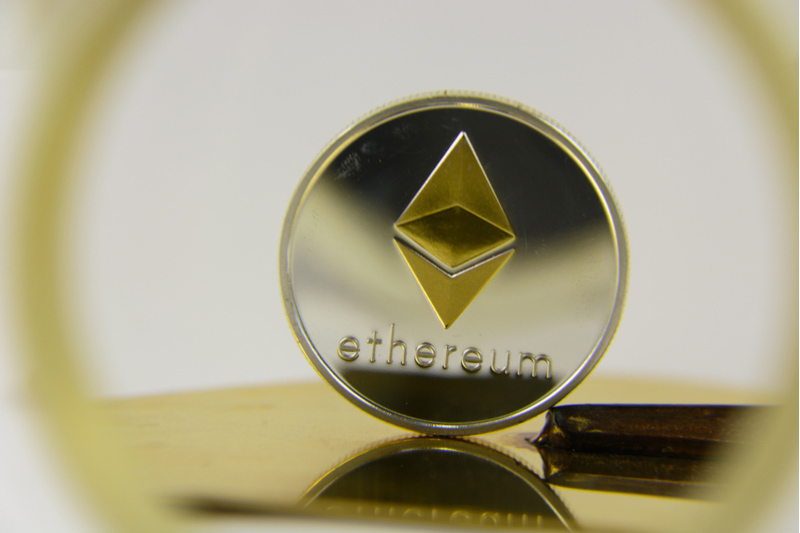 Crypto Analyst: Ethereum and Cardano To Launch Huge Price Breakouts