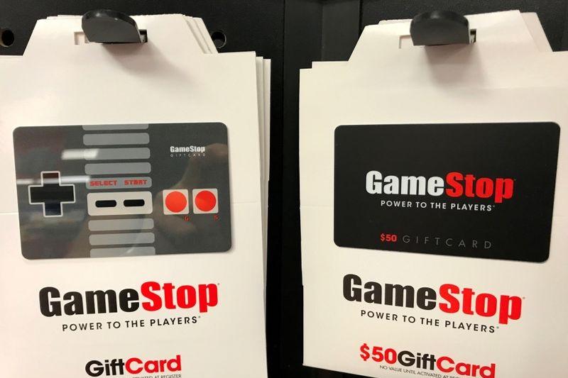 GameStop Falls On Elusive Guidance, Share Dilution Plan