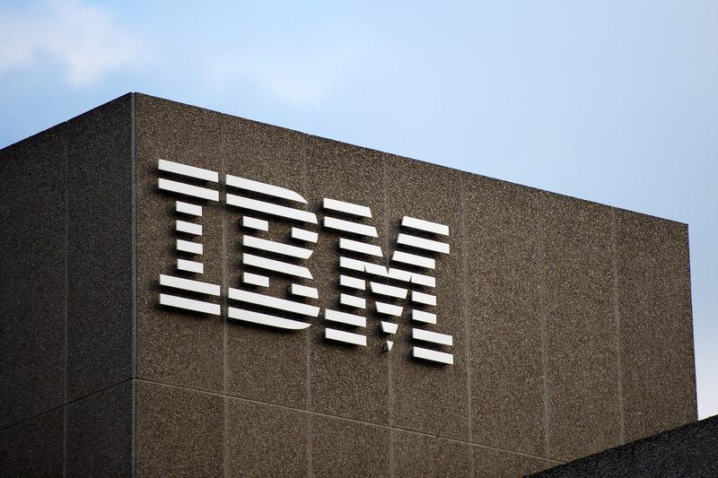 IBM покупает Red Hat примерно за $33 млрд