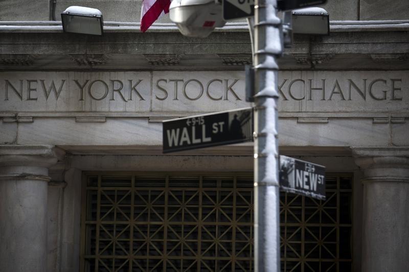 Pasaran A.S. tutup lebih tinggi; Dow Jones naik 0.04%