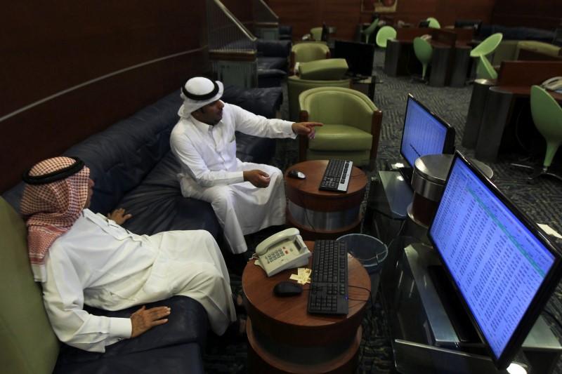 مؤشرات الأسهم في الامارات العربية المتحدة ارتفعت عند نهاية جلسة اليوم؛ مؤشر سوق دبي صعد نحو 0.78%