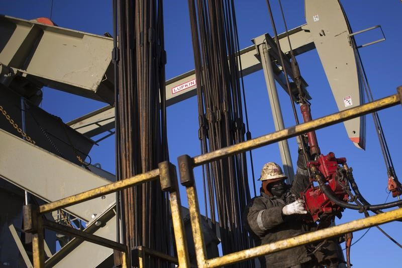 US Crude Oil Edges Up In Asia As China GDP Supports Demand Views