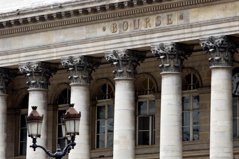 France stocks lower at close of trade; CAC 40 down 0.26%