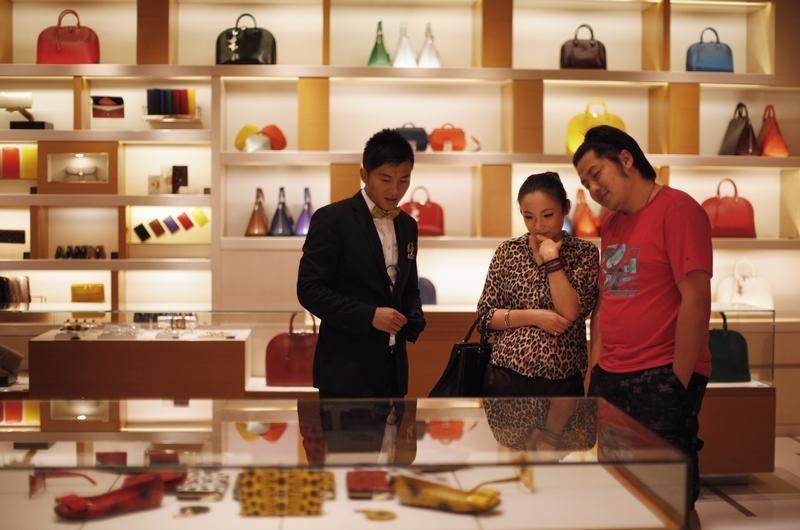 Hong Kong retail sales -0.1% vs. -2.7% forecast
