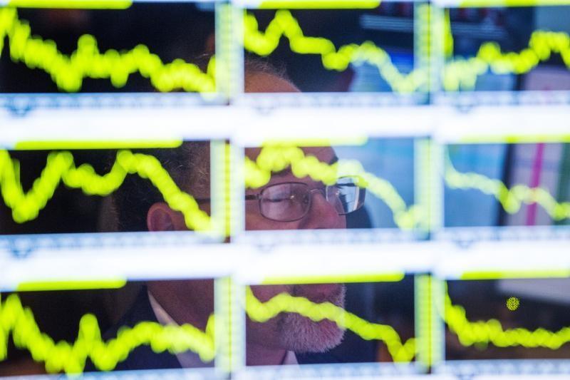El petróleo Brent sube un 2,47 %, hasta 76,23 dólares