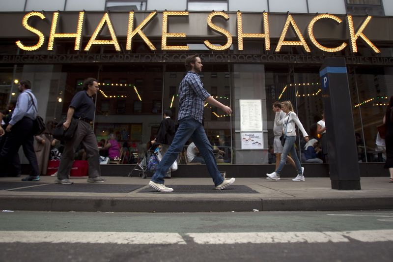 Shake Shack Drops on Protest-Driven Losses as Dining Rooms Shut Down Again