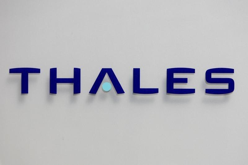 Chứng khoán Châu Âu cao hơn; Thales nâng cao dự báo cả năm