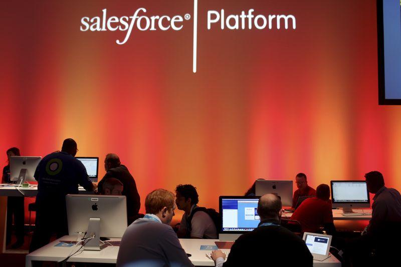 Salesforce, Snowflake, Ulta Beauty: 3 Things to Watch