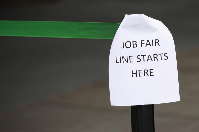 Mỹ: Số người xin trợ cấp thất nghiệp tăng lần đầu tiên kể từ tháng 4