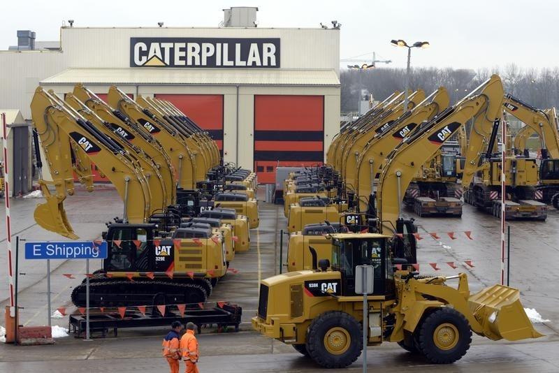Caterpillar Stock Falls 5%