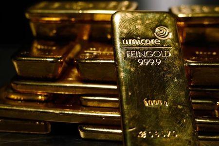 عاجل: الذهب الدولار البيتكوين والنفط ، التنافس على القاع