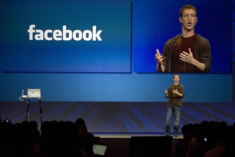 ЭКСКЛЮЗИВ-Facebook расширяет борьбу с троллями на вредоносные группы реальных пользователей