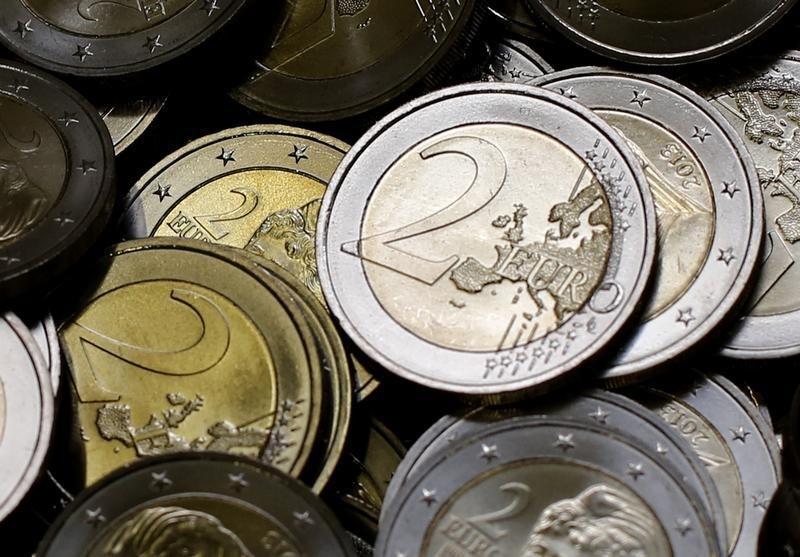 La prima de riesgo española sube a 127 puntos tras la caída del bono alemán