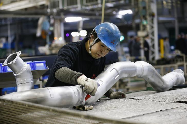 Sektor Manufaktur Indonesia Masih Turun di Awal Kuartal IV