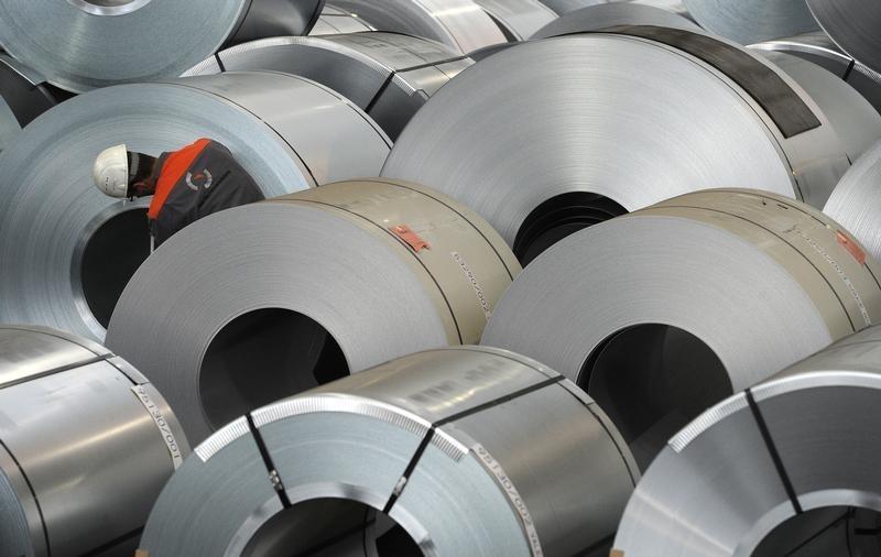 Iron Ore Slumps Again as Steel Hub Asks Mills to Control Surge