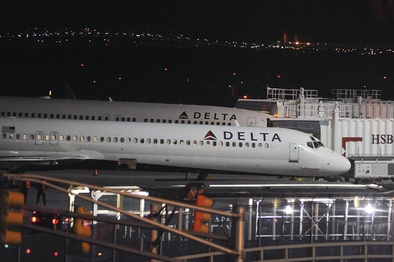 Delta Air-Aktie stürzt ab: Airline droht Verlust im Schlussquartal