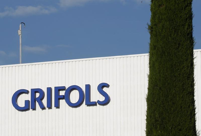 Grifols compra por 1.100 millones el 90% de Biotest y lanza opa por el resto