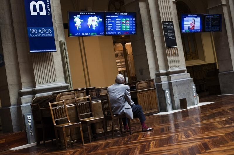 Spain stocks lower at close of trade; IBEX 35 down 0.49%