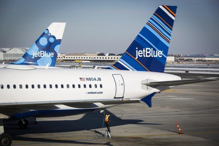 JetBlue despenca com indicação de recuperação ainda distante