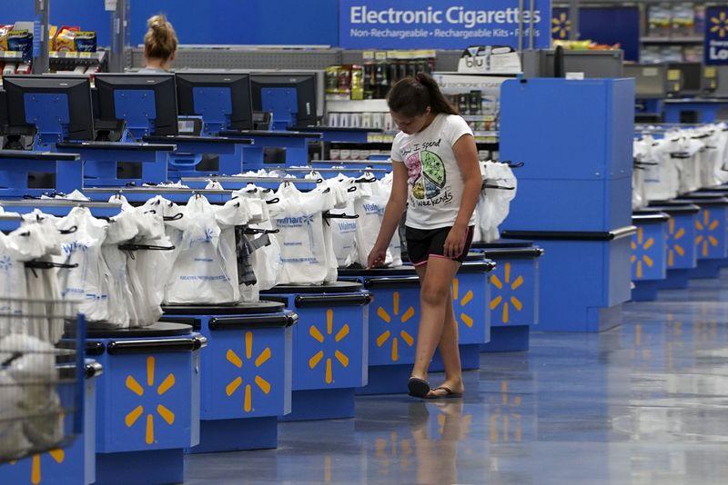 Walmart Slips on Report it Will Scrap Decades-old Quarterly Bonuses