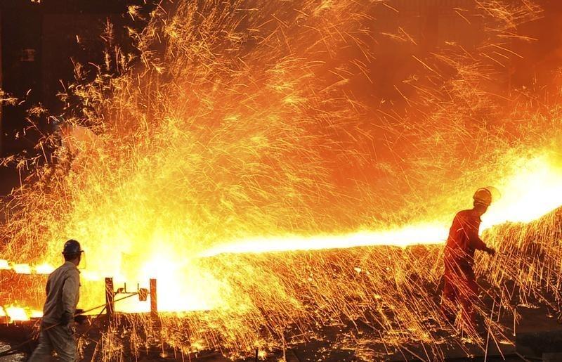 EUA suspeitam que Brasil reexporte aço chinês e dificultam negociações, diz jornal