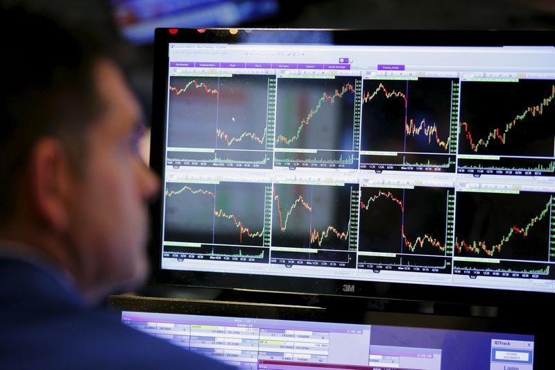 Wall Street abre en rojo y el Dow Jones baja un 0,09 %