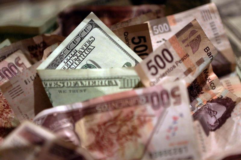 El peso de nuevo sobre los $20 por alza del Pib estadounidense