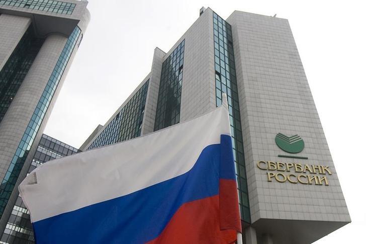 Сбербанк в апреле получил рекордную чистую прибыль в 103,6 млрд руб.