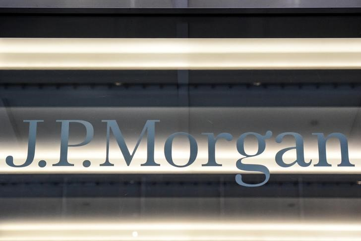 JPMorgan and UBS to allow US employees to take a day off for the day of June By Reuters