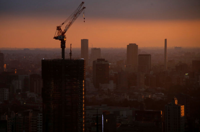 Japan shares gain as optimism builds for earnings season