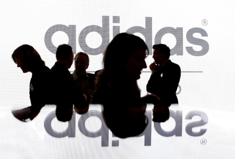 European Stocks Higher; Adidas, Siemens Impress With Quarterly Earnings