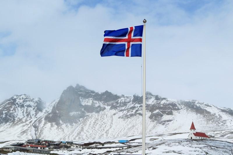 Islândia elege o primeiro parlamento com maioria feminina na Europa