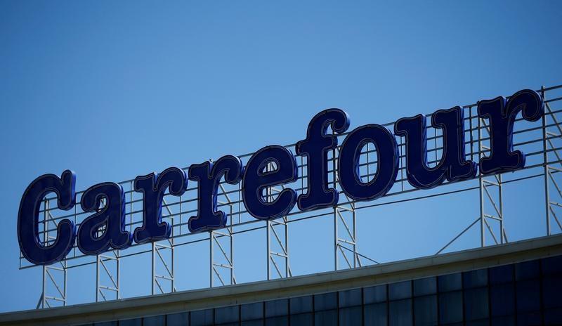 Carrefour pode rescindir contrato com descumpridor de cláusula antirracista