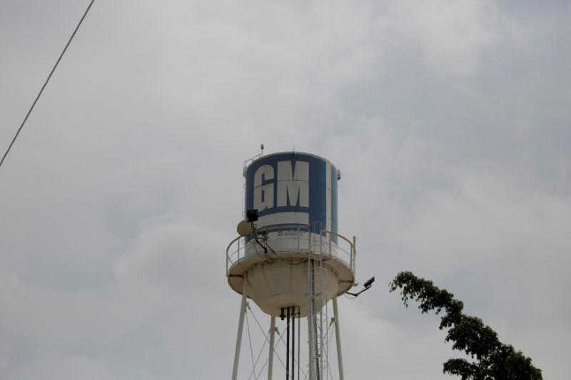 General Motors vai retomar produção em dois turnos nas fábricas de SP
