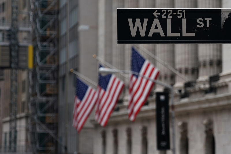 U.S. Futures Edge Higher; Positive Corporate Earnings Continue
