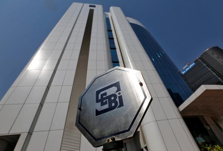 SEB Asset Selection backade 3,3 procent i september - stängt nettokort position i aktier och gått nettolång