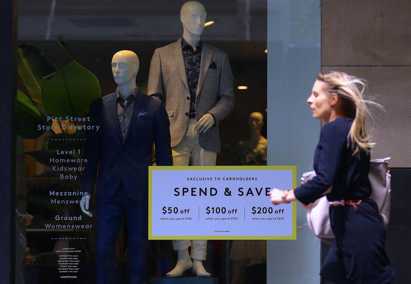 Australia Unemployment Unexpectedly Falls as Hours Take Hit