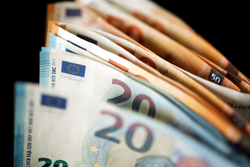 Euro sopra 1,16 dollari, ridotti i timori per l'Italia