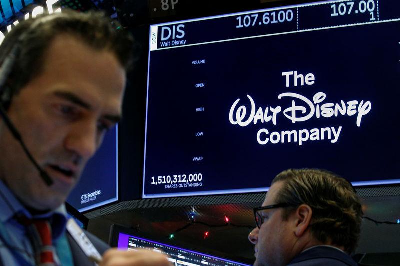 Scarlett  Johansson demanda a Disney por lanzar