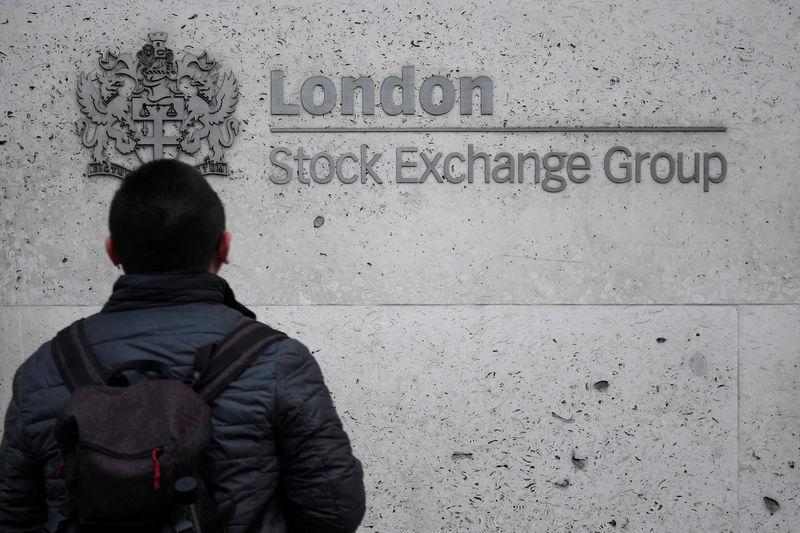U.K. shares higher at close of trade; Investing.com United Kingdom 100 up 0.42%