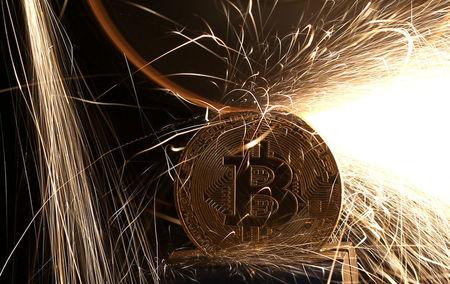 """Vers une """"Capitulation de Masse"""" sur le Bitcoin ? Le seuil de $30k sera décisif"""