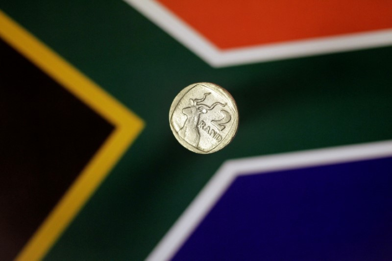 South Africa's Rand Has Another Go at Key Resistance Level