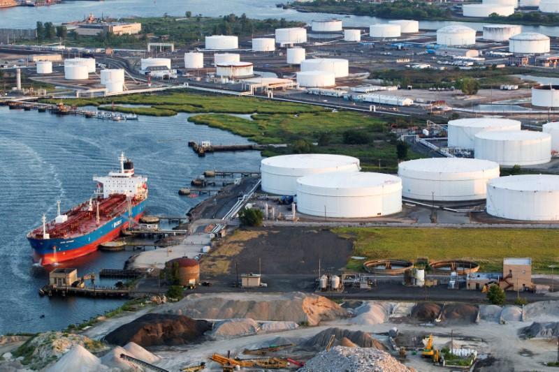 Petrol Artan Rus Üretimine Rağmen Yükseliyor